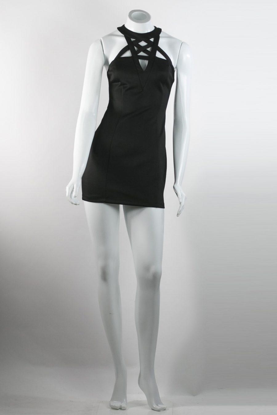 689ff78c666 FOREVER 21 - Vestido preto com decote - Brechó Agora é Meu!